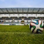 Jaki telewizor na Euro 2020 kupić? Wybieramy jedenastkę marzeń!